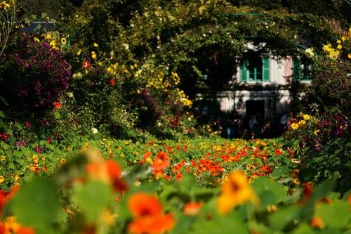 pilier de jardin pour donner du charme