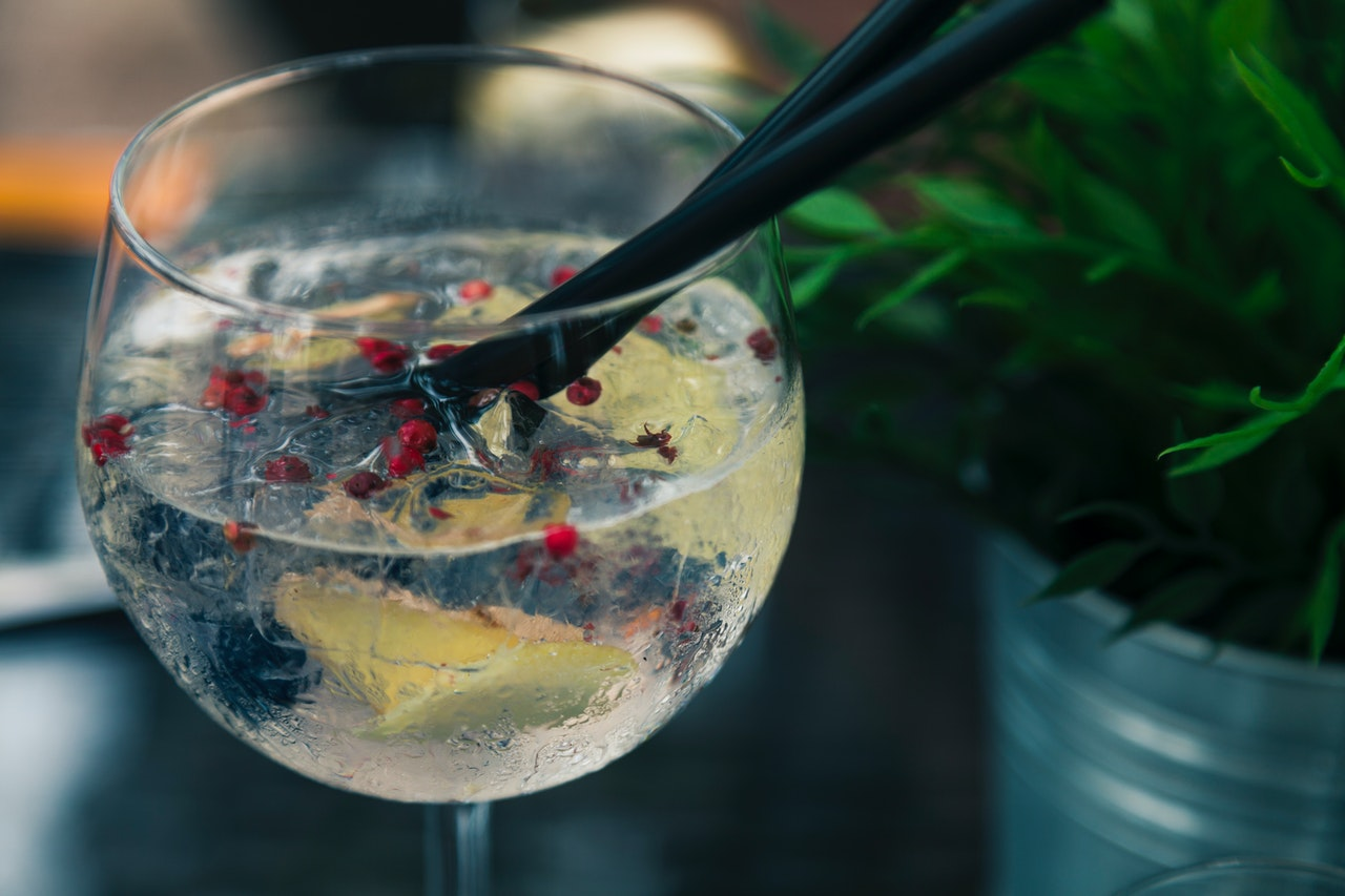 Le Gin : fabrication, ingrédients, effets